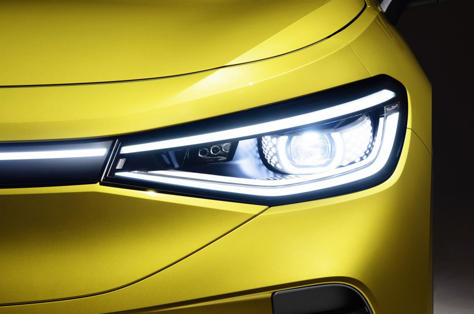LIGHT IS THE NEW CHROME –  LIGHT DESIGN OF THE NEW VOLKSWAGEN ID.4
